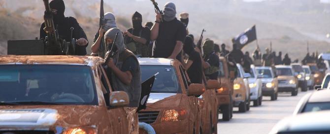 Isis, i curdi strappano ai jihadisti il valico al confine con la Turchia