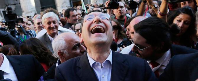 Renzi regala altri 200 milioni al disastroso Marino, ma Roma crolla