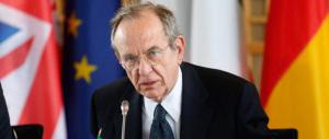 Conti pubblici, l'Europa vuole altri sacrifici. E Padoan suda freddo