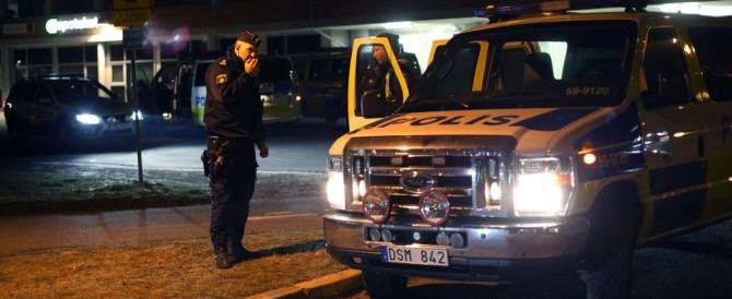 Svezia sotto choc: un'auto esplode a Goteborg. È mistero sulle cause