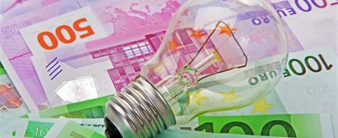 Bollette più care per finanziare le rinnovabili: ecco chi si è arricchito