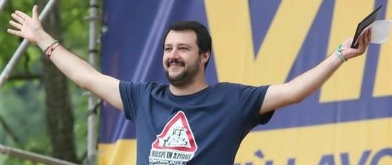 Salvini viene allo scoperto: «Sono pronto a guidare il centrodestra»