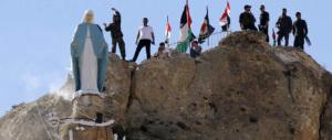 Siria, Assad libera Maalula e rimette al suo posto la statua della Madonna