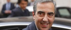 Gasparri: «Sì all'unità del centrodestra, ma prima pensiamo a Forza Italia»