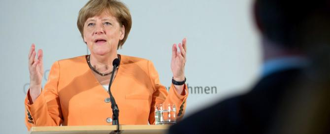 Merkel parla come Salvini e Meloni: «I falsi profughi vanno rispediti a casa»