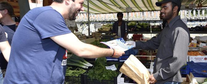 Immigrazione, Salvini incita alla rivolta: «Blocchiamo le prefetture»