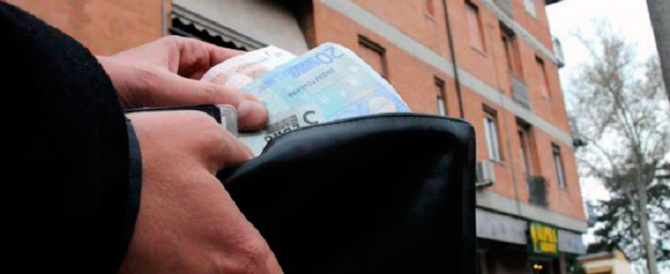 Stangata delle bollette in arrivo: 986 euro a famiglia. Ecco i rincari voce per voce