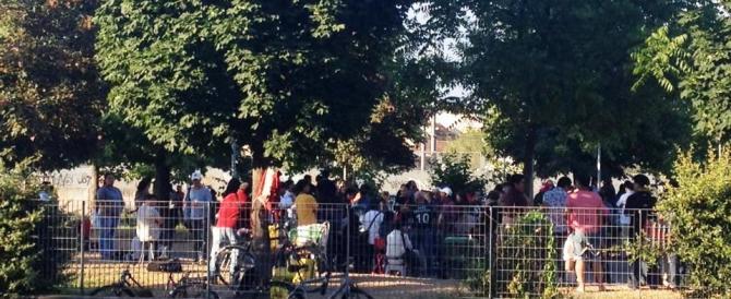 """Milano, al """"parco del machete"""" troppe risse: via la banda dei sudamericani"""