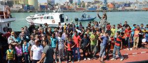 Immigrazione, altri 1.145 sbarchi. Registrati diversi casi di scabbia