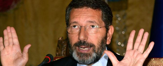 Atac, Zingaretti umilia Marino: ci mette i soldi, ma lo costringe a scusarsi