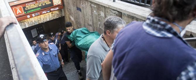 Metro Roma: muore bimbo di 5 anni. La gente caccia Marino: «Vattene!»