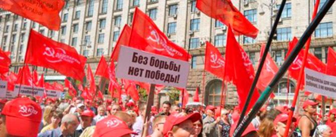L'Ucraina mette fuori legge i comunisti e cancella il passato sovietico