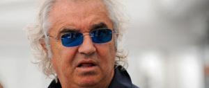 Briatore litiga col gestire del lido vip a Forte dei Marmi: «Un bagnino che dice cazz…»