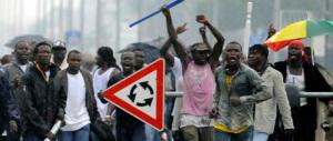 Sorpresa, è l'immigrazione il problema degli europei. Non le nozze gay