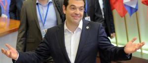 Grecia, trovato l'accordo all'unanimità. Subito 25 miliardi. Tsipras: si riparte