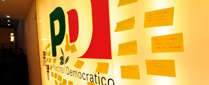 """""""Il Pd non lo vota più nessuno"""": Renzi non se n'è accorto, Emiliano ha paura"""