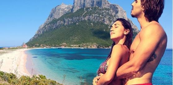 Un'isola sarda per pubblicizzare la Puglia: spot-truffa ai danni di Belen jr