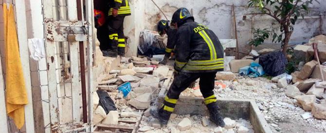 Taranto, esplode una bombola in un palazzo del borgo: feriti e dispersi