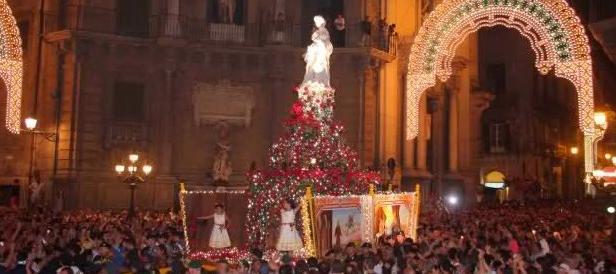 L'arcivescovo di Palermo contro la teoria gender: «Ci aiuti Santa Rosalia»