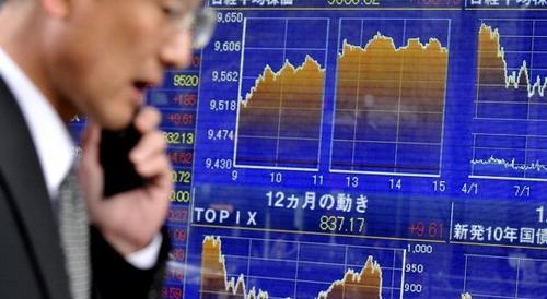 Crollo delle Borse asiatiche. In forte ribasso Hong Kong, Tokyo e Shanghai