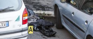 Orrore a Roma: trovato un cadavere incaprettato in un sacco (foto)