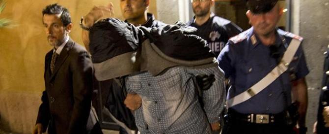 Suicidio in carcere del presunto killer del gioielliere. Polemica sui controlli
