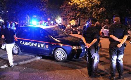 Guerriglia al Pigneto. Carabinieri aggrediti da 40 pusher africani