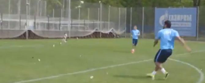 Russia, in campo scende Hulk e… il pallone esplode (Video)