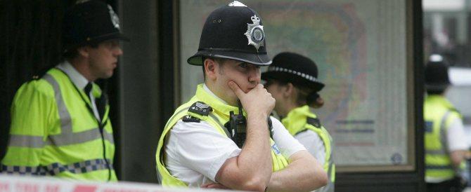 Manchester, la brutta figura della polizia: allarme bomba, ma era un errore