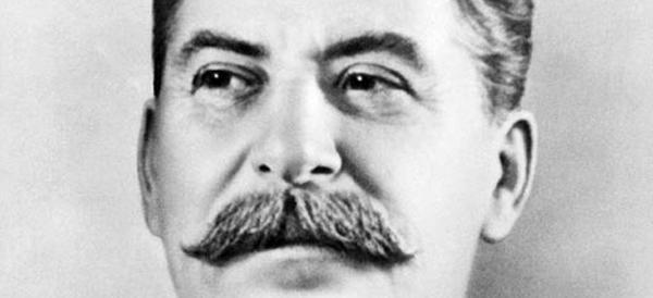 I comunisti russi rialzano la cresta e inneggiano a Stalin. Non sanno che Putin…