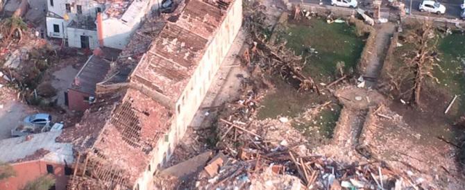 Tromba d'aria in Veneto, si contano i danni. Zaia annulla la visita al Colle