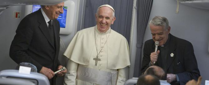 Cambio ai vertici della sanità vaticana. Ma il Papa è ancora senza medico