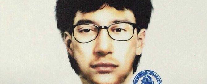 Attentati di Bangkok: c'è l'identikit di un sospetto, ricercato uno straniero (video)