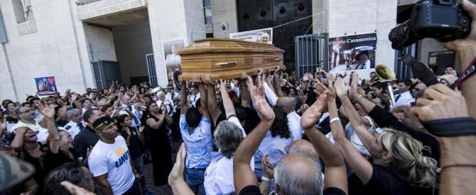 Funerali Casamonica, Alemanno: «È scorretto tirarmi in ballo» (video)