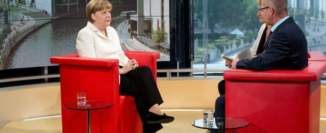 Angela Merkel non molla: si candiderà anche nel 2017 per il quarto mandato