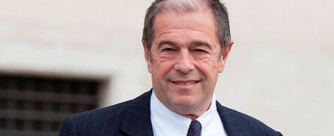 Rai, Berlusconi propone Minoli ma poi l'accordo (forse) si chiude sulla Maggioni