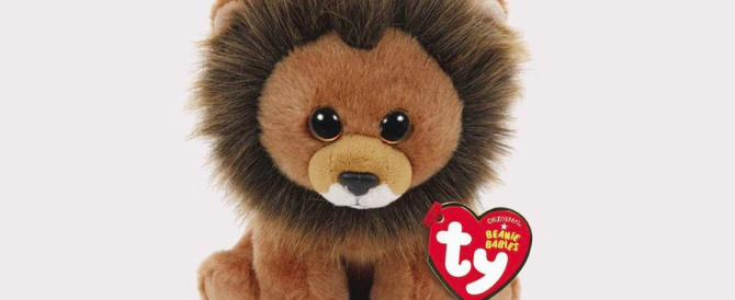 Il leone Cecil diventa un peluche, aiuterà la tutela degli animali