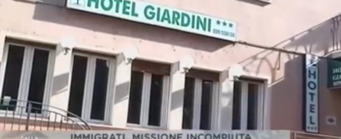 Italiani nei container, profughi negli hotel. L'Emilia si ribella (VIDEO)