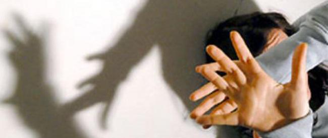 Decine di telefonate, appostamenti, sms all'ex: stalker arrestato a Milano