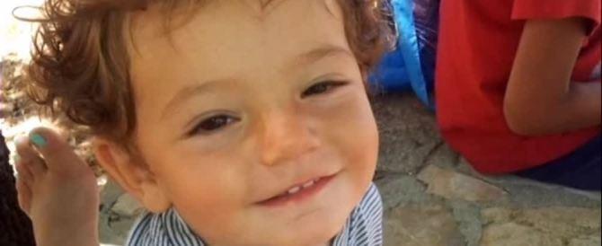 Il bimbo morto per il detersivo, la mamma denunciò un tentativo di rapimento