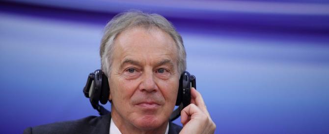 Blair tentò di salvare in extremis Gheddafi. Bufera sull'ex premier