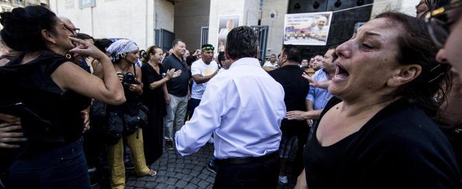 I vigili furono minacciati dai Casamonica: «Che ci fate qui, ci siamo noi…»