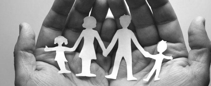 """Imbarazzo per il ministro NCD della famiglia: """"Serve un compromesso"""""""