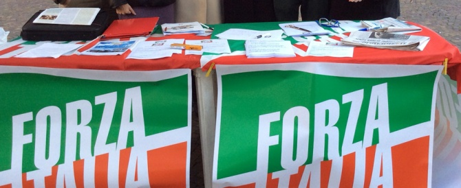 Il no di berlusconi alle primarie riaccende il dibattito for Forza italia deputati