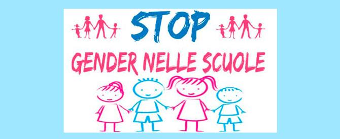 Alex, lunedì maschio, martedì femmina: bufera sulla recita gender a scuola