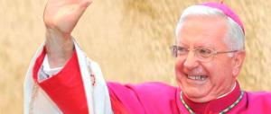 """Il vescovo """"rosso"""" istiga i No Tav: «Davide taglierà la testa a Golia»"""