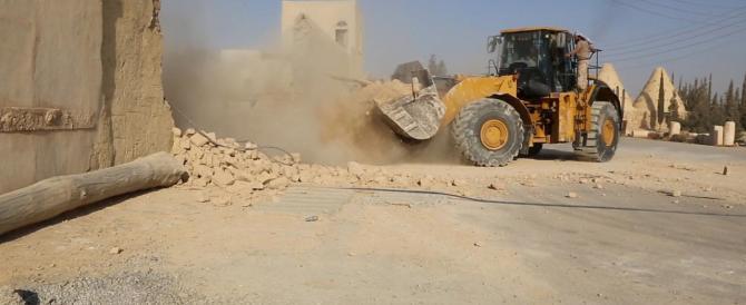 Distrutto un monastero cattolico: in Siria l'Isis dà la caccia agli infedeli