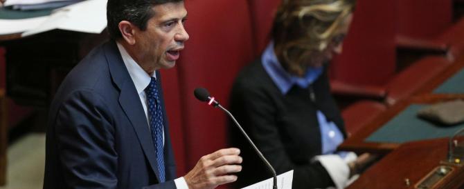 Il matrimonio tra Alfano e Renzi s'ha da fare. Anzi, no. Ncd nella bufera