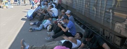 Clandestini, l'emergenza si allarga: ora anche la Macedonia chiude le frontiere