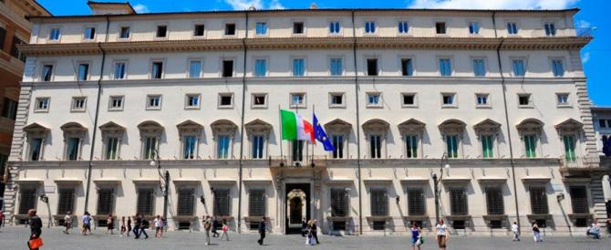 Premio di produzione a 9 dirigenti di Palazzo Chigi su 10. Tutti promossi!